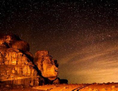 wadi-rum-desert-stars